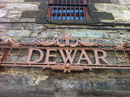 dewars logo dramboree whisky weekend 2013.jpg