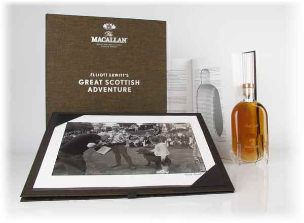 Macallan Great Scottish Adventure (Print 22) - Elliott Erwitt (Masters of Photography)
